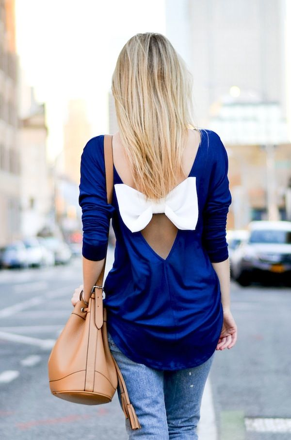 Bow Back Top *Niky, we should get together and make these with old/giant t-shirts!*