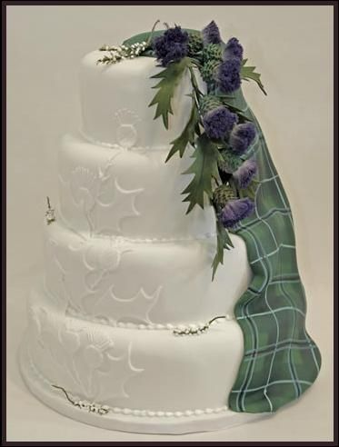 Too Good To Eat Wedding Cakes, Scotland - without tartan drape but wrap.