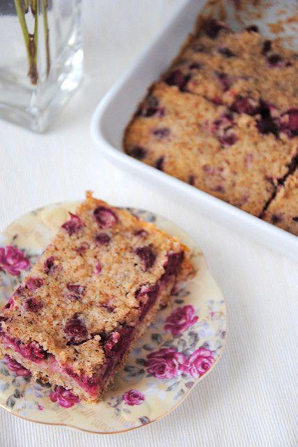 Ореховый пирог с вишней и лимонные кексы - letterberry
