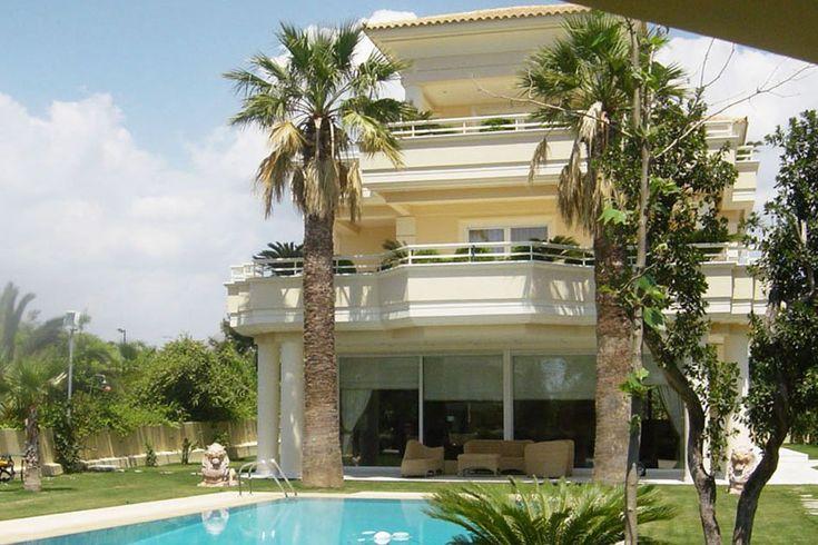 Τριώροφη κατοικία στο Ελληνικό | vasdekis