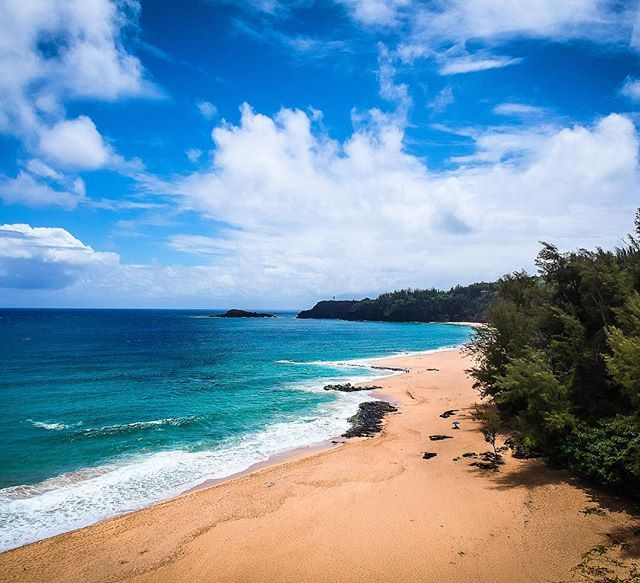 Kauai County, Hawaii   https://www.instagram.com/p/BV_7NAagJAv/   travelphotography,ourlonelyplanet,nomademag,djispark,lethawaiihappen,hawaiitag,thegardenisland,beautifuldestinations,secretbeach,kauai,hawaii,hiddenplace,skypicture,hawaiinstagram,nomadjunkie,quebec_travelers,lslandlife,drone,routard,voyage,paradise