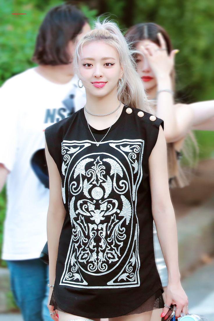 Pin by KPop Idols on Itzy_Yuna (유나) in 2020 Itzy