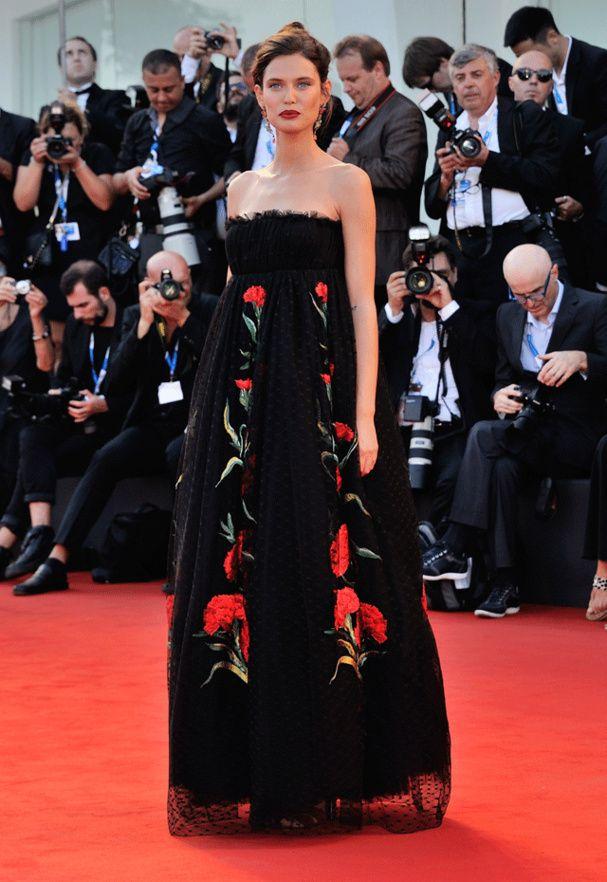 Mostra de Venise : le tapis rouge de la cérémonie d'ouverture