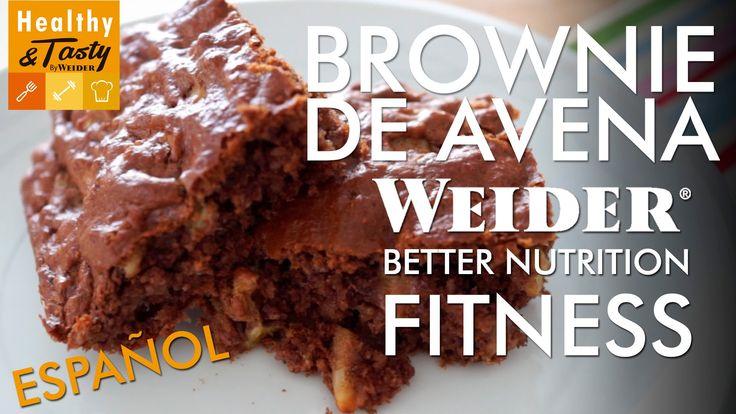 Brownie de avena hechos por Weider Healthy & Tasty. Ingredientes para un brownie de avena: - 180 g. de Gourmet Oat Flour sabor brownie. - 20g. de levadura. -...