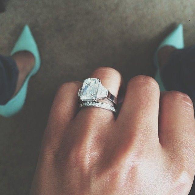 Cheryl Cole Engagementring And Weddingring Photo