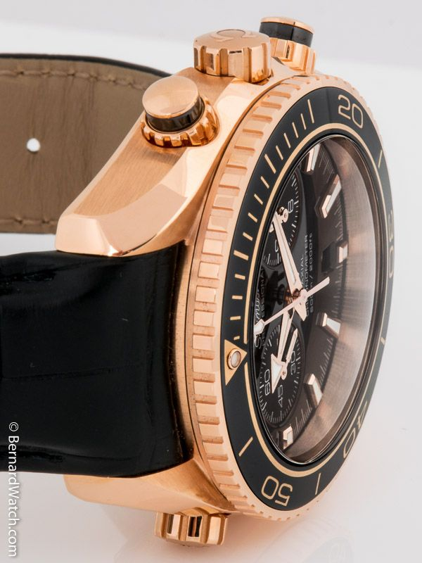 Omega - Seamaster Planet Ocean Chronograph : 232.63.46.51.01.001 in red gold with Ceragold bezel.