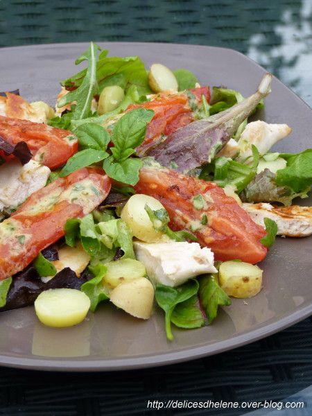 C'est pour cette recette que vous avez voté la semaine dernière, une salade complète et légère (avec 250kcal par portion). Très riche en goût grâce à la vinaigrette à l'ail et un mélange chaud froid plutôt agréable en bouche... Pour 4 personnes 4 blancs...
