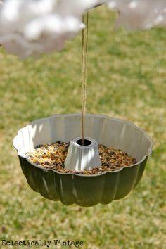 Bundt Pan Bird Feeder | 16 DIY Bird Feeder Ideas, see more at: http://diyready.com/diy-bird-feeder-ideas/