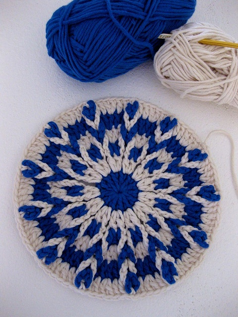 love blue and neutrals together  what an interesting pattern too