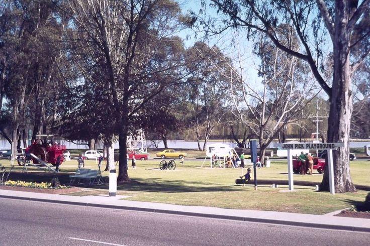 Victoria Park Lake and playground Wyndham Street Shepparton