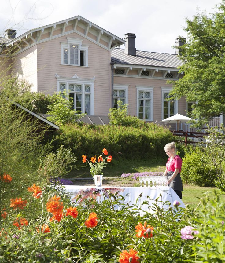 Kenkävero sopii erinomaisesti suurempienkin perhe- ja yritysjuhlien järjestämispaikaksi. www.kenkavero.fi