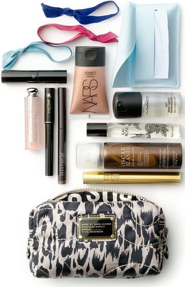 Makeup Essentials Must Haves From Makeup Artists Part 1: 25+ Best Makeup Bag Essentials Ideas On Pinterest