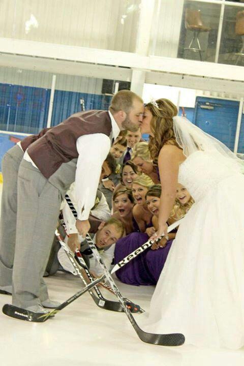 Hockey wedding yes please ❤️❤️❤️❤️❤️