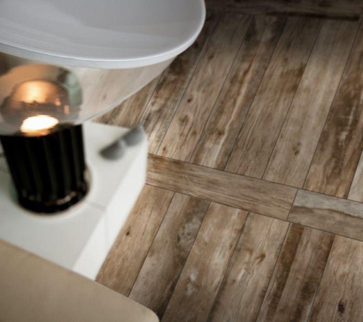 Authentiek ogende #houtlook #tegelvloer van #Ragno. Mooie in je #woonkamer, #badkamer of #slaapkamer! Uiteraard verkrijgbaar bij #Lingen #Keramiek.