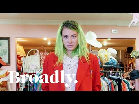 The Power Suit & the Fashion of Authority - YouTube