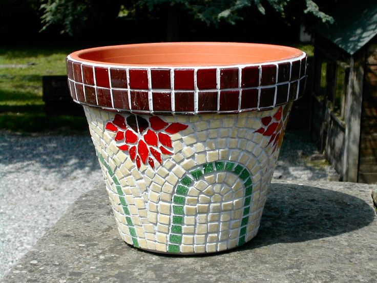 Flower pot from Heather Cottage Mosaics