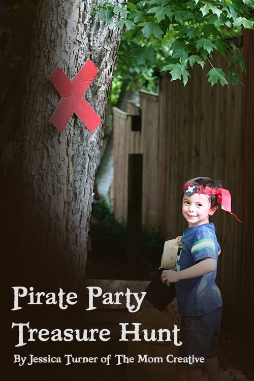 All the details to plan an awesome #pirate treasure hunt, complete with clues, a map and easy DIY signs. A must-pin! #kids #birthday