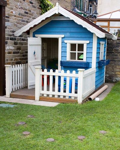 Diy playhouse beautiful princess cottage with diy for Playhouse with porch plans