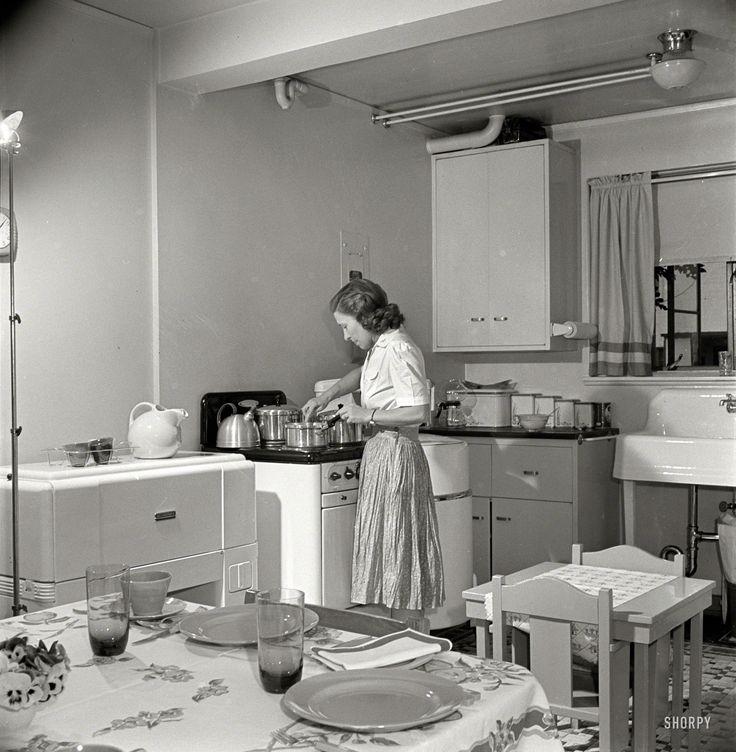 67 Best 1940 39 S Home Decor Images On Pinterest 1940s
