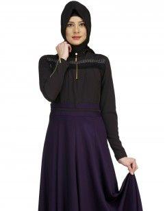 Model Ölçüleri  Manken Numune Bedeni : 38  Manken Boyu : 1.85 Manken Göğüs : 70  Kumaş : Polyviskon Renk : Lila / Siyah Kumaş Boyu : 1.35 http://www.ipekzade.com/Giyim-Tesettur-Elbise-bluz-Modelleri/kategori-puane-elbise-puane-giyim-modelleri/urun-puane-lila-siyah-elbise-4277