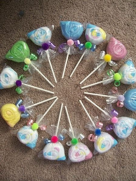 Baby Washcloth Lollipop Favors  brought to you by ehow            Click Here for Tutorial