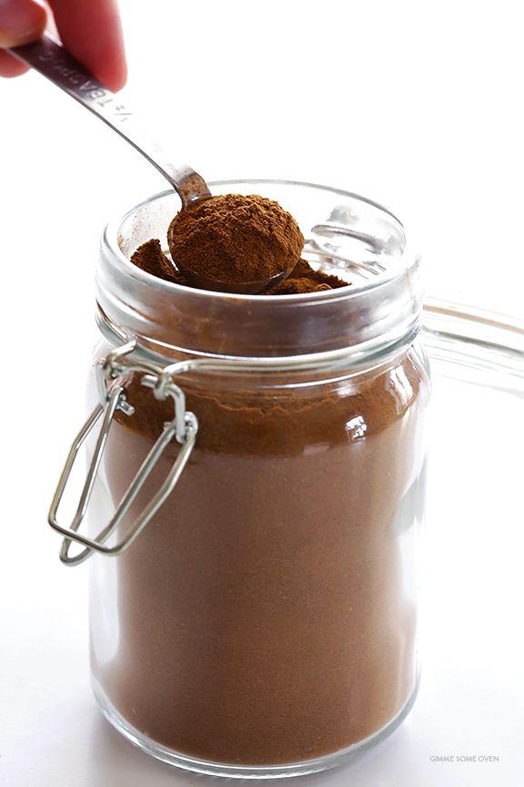 Leer hoe je zelfgemaakte pompoentaart Spice maken met dit makkelijk recept |  gimmesomeoven.com