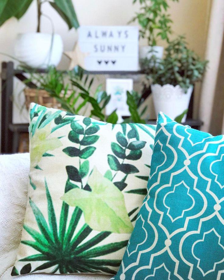 """59 kedvelés, 5 hozzászólás – Emese (@twinstahome) Instagram-hozzászólása: """"#urbanjungle#plants#cinemalightbox#livingroom#tropical #follow#decoration #hungary #inspired #mik…"""""""