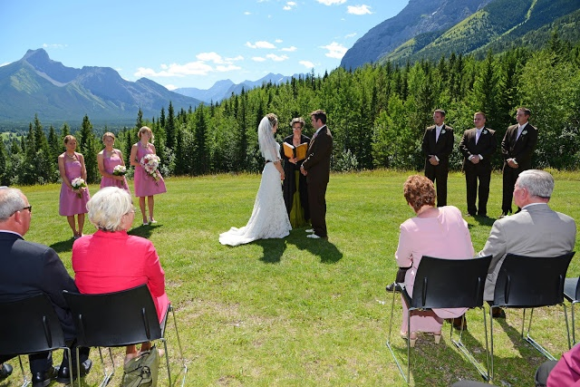 Stunning August 2012 Wedding at the Delta Lodge at Kananaskis, shot by Peak Photography.