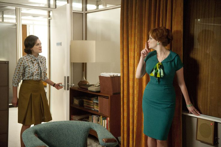 'Mad Men' Stars In Talks For New Deal