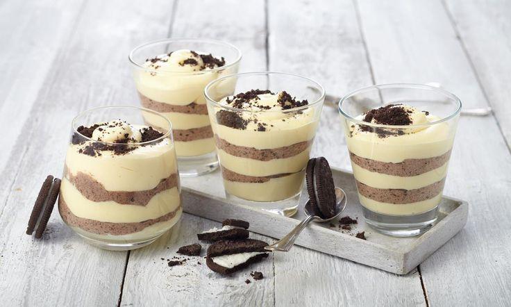 Oreo®-Schicht-Dessert Rezept: Süße Creme mit Oreo®-Keksen - Eins von 5.000 leckeren, gelingsicheren Rezepten von Dr. Oetker!