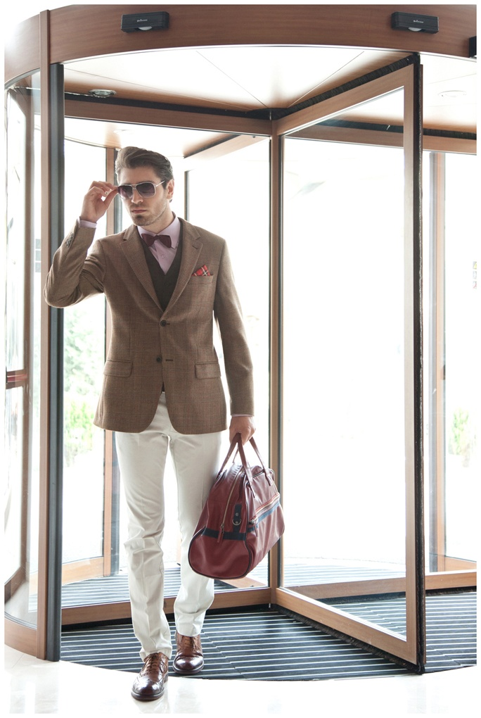welcoming character and style!  a photosession for Tudor. Personal Tailor.