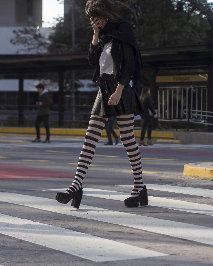 #MISTERIOSA:  Subite y sacalos a pasear! Vas a medir 12.5 cm más! Son de terciopelo con charol gamuza y cristales #Swarovsky. Se puede pedir más? Con una super plataforma para que la altura nos ea un problema y base es de goma para que tus pasos sean súper seguros. Te esperamos!  http://ift.tt/1Pia5Uv  #luzprincipe #zapatos #luzprincipezapatos #amamosloquehacemos #hacemosloqueamamos #aw2017 #invierno #NoFearMujer