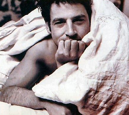 Jeremy Northam. Some great films, but I always wanted to see him roll his sleeves up & get down & dirty.