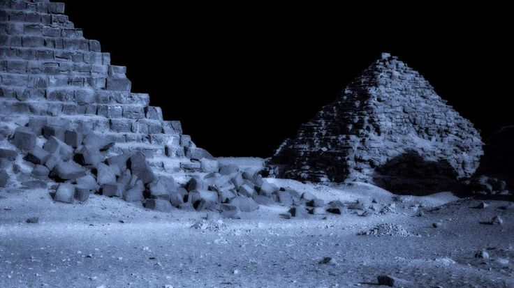 RiseEarth : Pyramids and alien structures on the moon: A cover up like no other!