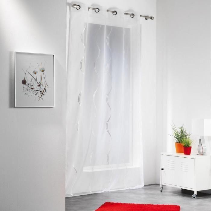 les 25 meilleures id es de la cat gorie voilage blanc sur pinterest rideaux fleuris voilage. Black Bedroom Furniture Sets. Home Design Ideas