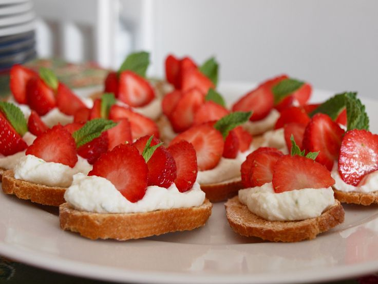 1000 images about canap ideas on pinterest for Canape toppings