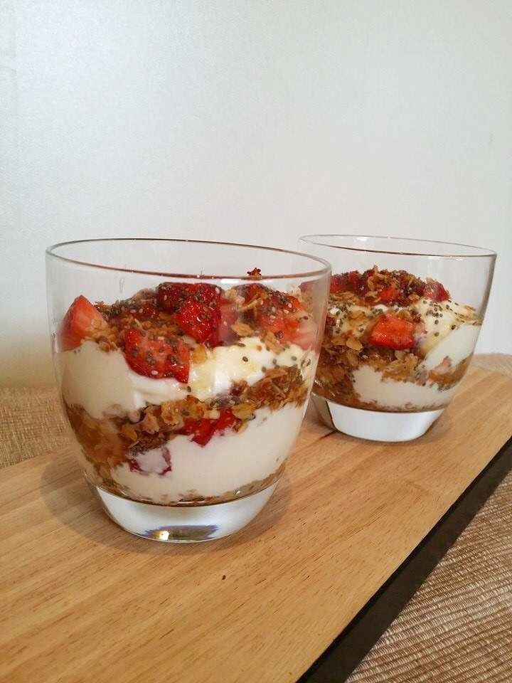 Berry Coconut Crunch. Delicious, clean eating  layered healthy snack with oats, berries, chia seeds and coconut.