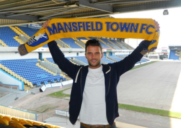 Mansfield Town sign League One defender Paul Black - Mansfield Town FC - Mansfield and Ashfield Chad