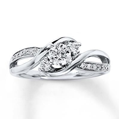 Three stone diamond rings are big on both sentiment and style!