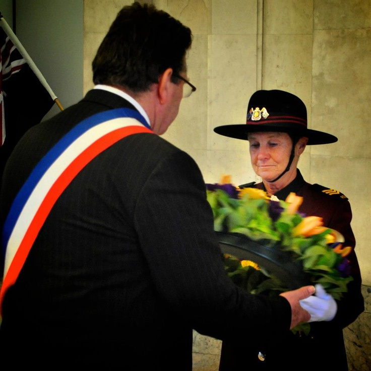 Mayor of Poziers about to lay a wreath at the ANZAC Memorial (2013)