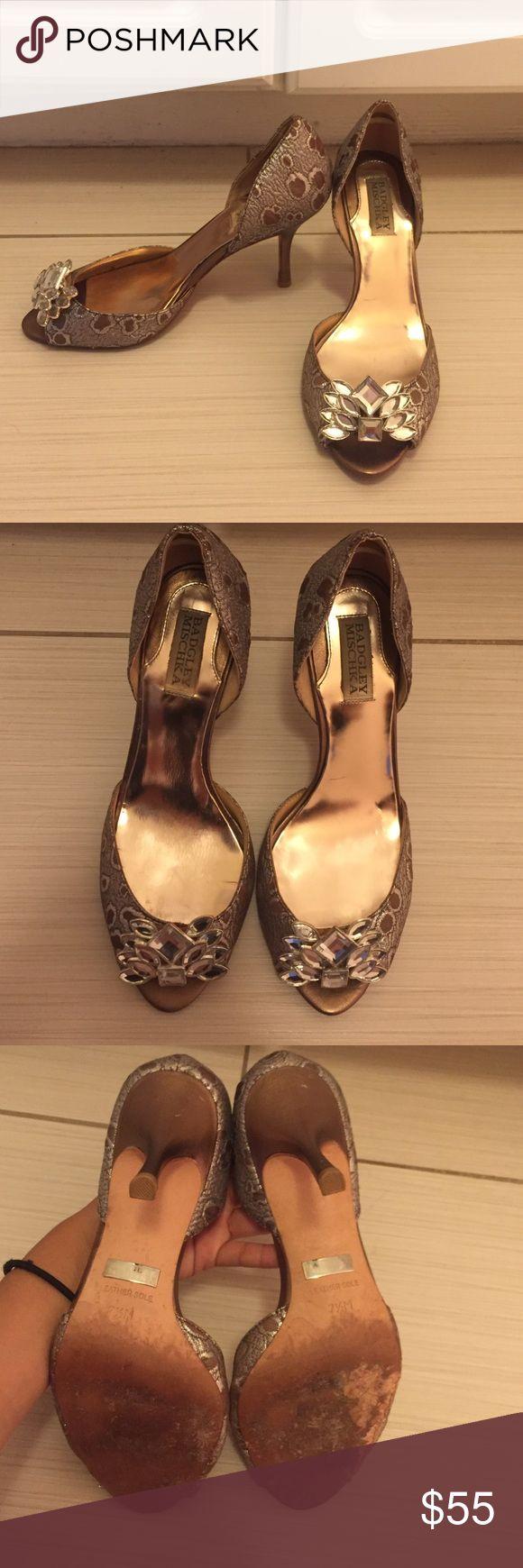 Badgley Mischka Heels Jacquard printed 2 inch heels with cute jewels at toe peep hole. Badgley Mischka Shoes Heels