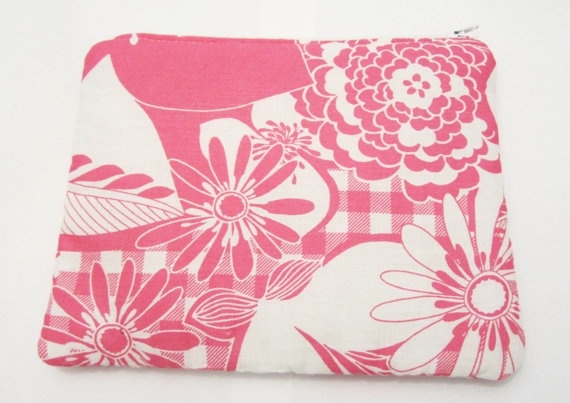 Make up bag Pink flowered cotton fabric Big cosmetic by ShopF4m, $15.00