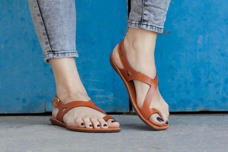 Sandalen - kamel Ledersandalen - ein Designerstück von BangiShop bei DaWanda