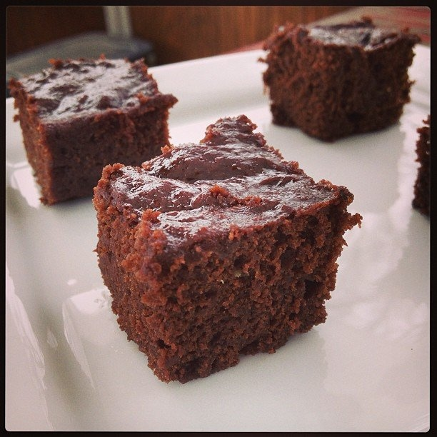 Wrap your head around this recipe: Vegan Gluten-Free Irish Cream Whiskey Brownies.