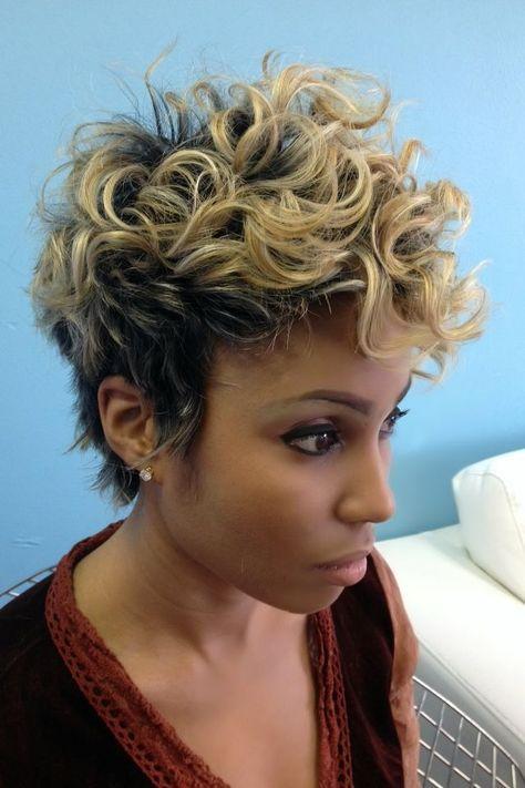 Hey girls…Curls are beautiful! 12 trendy korte kapsels speciaal voor dames met krullen!
