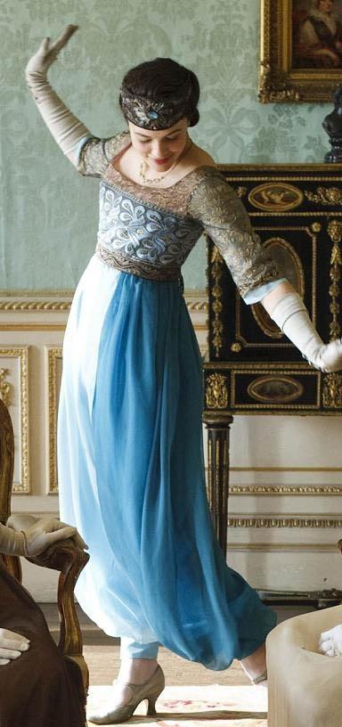 "Lady Sybill in a 1911-12 Paul Poiret ""Harem Look' ensemble. Addtl pics on source."