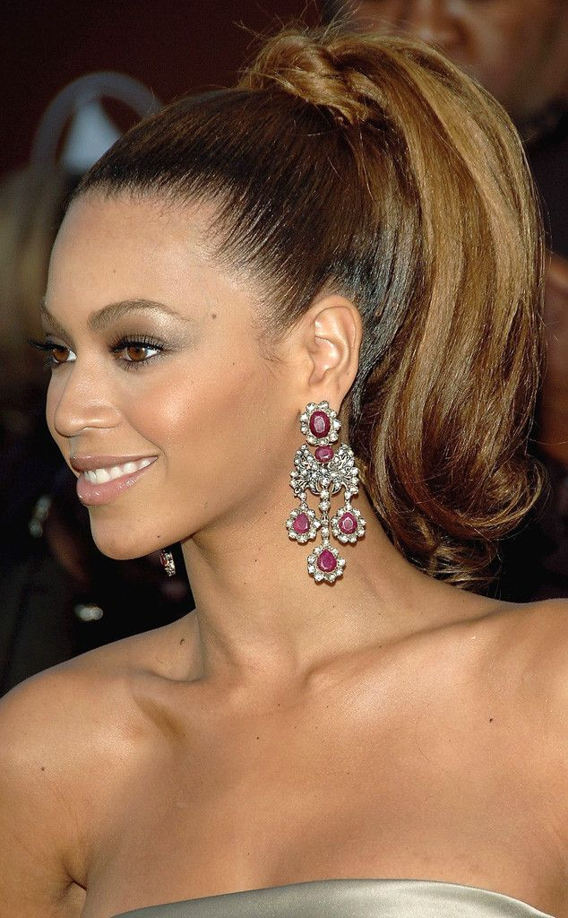 2004 from Beyoncé's Hair Through the Years  Perk up! Jay Z's love rocked a 60's inspired ponytail at the Grammys.