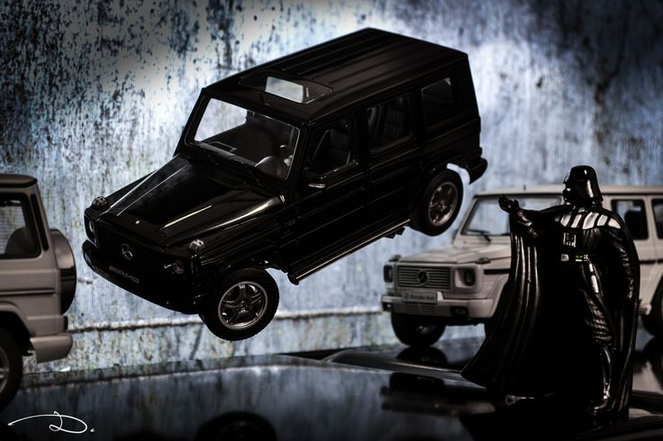 A little experiment involving some wires, 3x G-Class models from AUTOart (G55 2003, G55 2009 and G500 2003) + 1x Darth Vader figure in 1:18th scale (unknown maker).