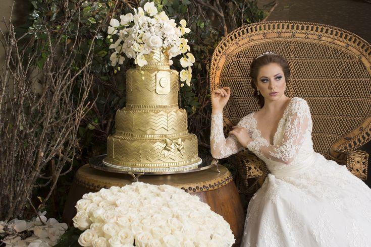 Wedding Cake - gold Bolo de casamento dourado