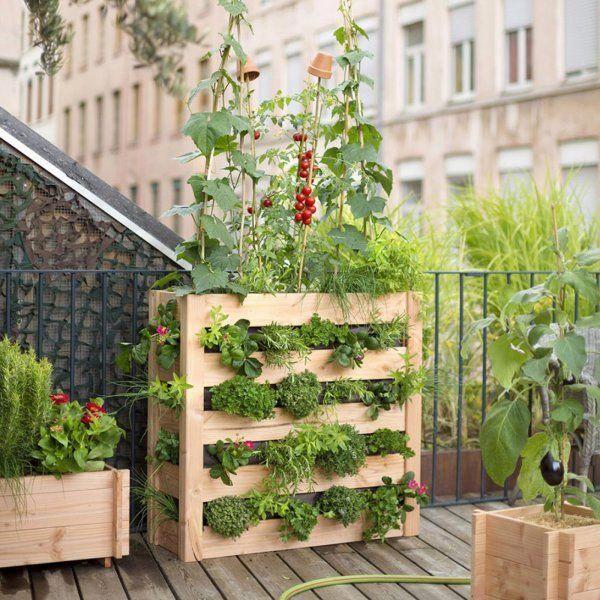 Un Potager Urbain Pour Balcon Esprit Palette Botanic Garten Hochbeet Vertikaler Garten Diy Garten Pflanzkasten
